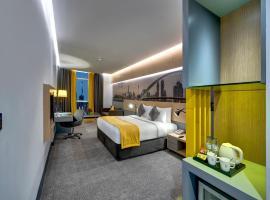 URBAN Al Khoory Hotel: Dubai, Jumeirah Plajı yakınında bir otel