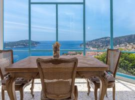 Extraordinary See View at Madde & Gaby's House, apartment in Villefranche-sur-Mer