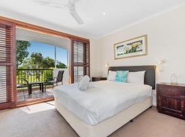 Villa Aqua, serviced apartment in Noosaville
