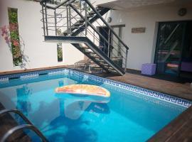 Ocean Breeze Apartment, B&B in Sitges