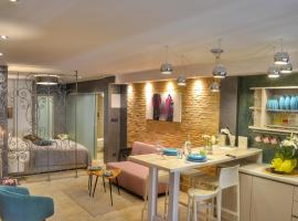 STUDIO APARTMAN ELEVEN, luxury hotel in Rovinj