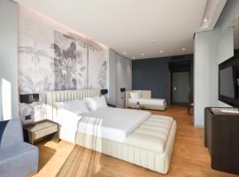 Flamingo Hotel, hotel in Vlorë