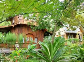 Canyon Jungle Stay, hotel in Bukittinggi
