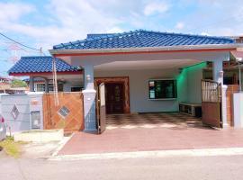 Comfortable Homestay Peringgit Melaka, hotel in Malacca
