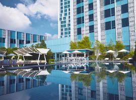 Crimson Hotel Filinvest City, Manila, hotel in Manila