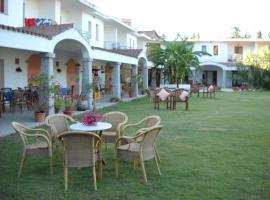 Hotel Domu Incantada, hotell i Muravera