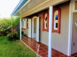 Casa Duas Frentes Nova Tramandai, holiday home in Tramandaí