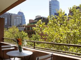 Apartamentos Costanera Centre, hotel en Santiago