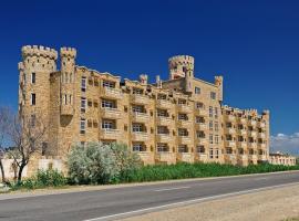 Замок Азов, отель в Пересыпи