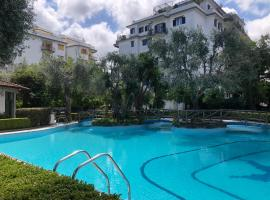 Casa Mami - Luxury Apartment and Pool - Sorrento, hotel with pools in Sorrento