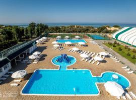Lazurniy Bereg All Inclusive, hotel in Anapa
