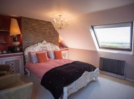 Birdsong Cottage Bed and Breakfast, B&B in Chathill