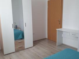 Apartman Leon, room in Omiš
