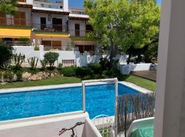 Casa Mimi, B&B in Sitges