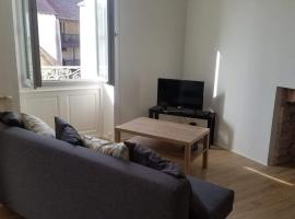 Appartement confort, hotel in Dole