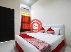 OYO 1678 Jati Exclusive Residence, hotel di Bengkulu