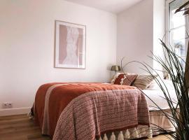 Joffre, superbe appartement à deux pas de la plage d'Arromanches, apartment in Arromanches-les-Bains