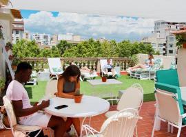 Hostel Fleming - Albergue Juvenil, hotel in Palma de Mallorca