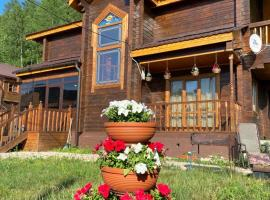 Cottage, self catering accommodation in Listvyanka