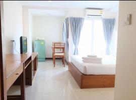 OYO 1097 Thep Apartment, hotel near Central Festival Pattaya Beach, Pattaya