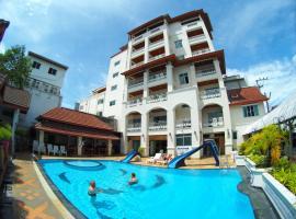โรงแรมเจ็ดพี่น้อง, hotel near Pone Kingpetch Statue, Hua Hin