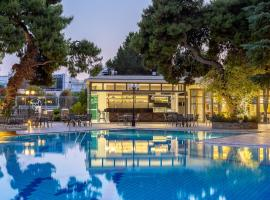 Oasis Hotel Apartments, serviced apartment in Athens
