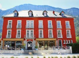 hôtel oberland、ル・ブール・ドアザンのホテル
