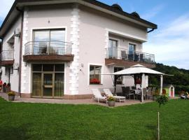 Studio apartmani Toplička bajka, budget hotel in Krapinske Toplice