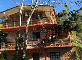 Pousada Beija-Flor, hotel in Praia Grande