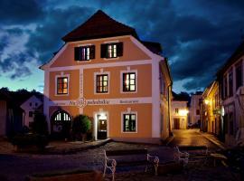 Penzion Na 15. Poledníku, hotel in Jindřichŭv Hradec