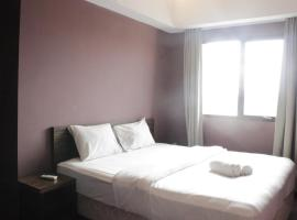 Modern Deluxe 2BR at Braga City Walk Apartment By Travelio, apartemen di Bandung