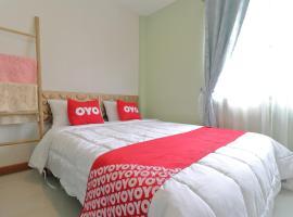 OYO 872 Saen Sabai Hostel, hotel near Mega Bangna, Lat Krabang