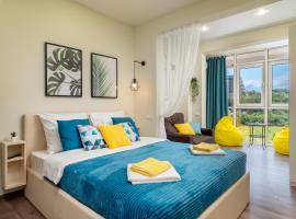 Апартаменты с видом на море Солнечный Дагомыс, отель в Сочи, рядом находится Подвесной Мост через Реку Дагомыс