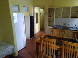 POA Central - Acomodações econômicas, hostel in Porto Alegre