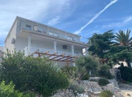 Studio Apartments More, hotel near Beaches on Badija Island, Korčula