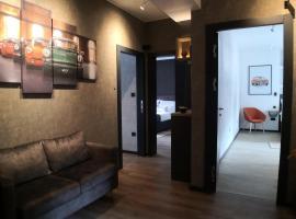 Scuderia Split Rooms, hotel in Split