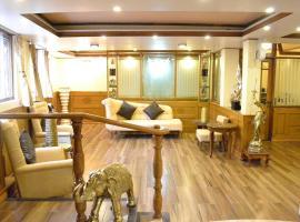 Wonderful place to stay close to Darjeeling mall, hotel in Darjeeling