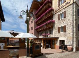 Folgaria Post Hotel, hotel near Francolini - Sommo Alto, Folgaria