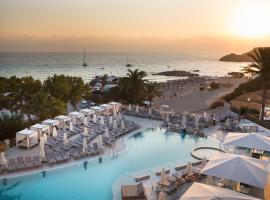 Insotel Tarida Beach Sensatori Resort, hotel in Cala Tarida