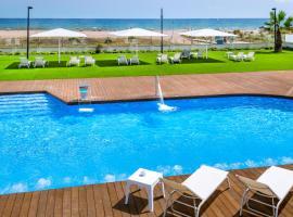 Hotel Playafels, viešbutis Kasteldefelse