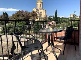 SaBa Apartments in Old Tbilisi, hotel near Sameba Cathedral, Tbilisi City