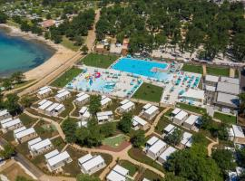 Camping Park Umag Mobile Homes, hotel in Umag