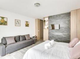 Sublime appartement neuf dans le 13 ème arrondissement, hotel in Paris