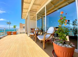 EKA Luxury Apartments, hotel in Vlorë