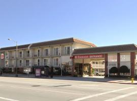 Ramada by Wyndham Pasadena, hotel in Pasadena