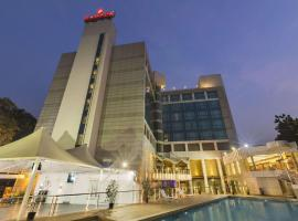 Ramada Navi Mumbai, hotel with pools in Navi Mumbai