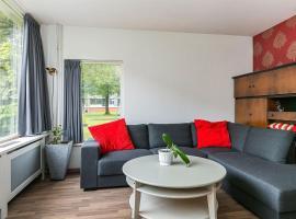Grote nette woning met 3 slaapkamers, apartment in Leeuwarden