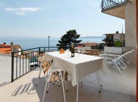 Sea view apartments Milenko, room in Brela