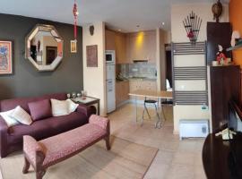 ApartaUnMomento y Disfruta!!, lägenhet i Estepona