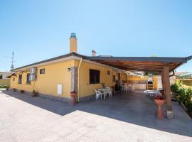 VILLA AURORA a due passi dal mare vicino ROMA, accessible hotel in Anzio